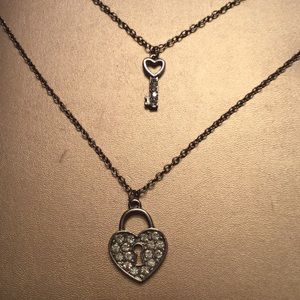 Jewelry - Silver heart lock and key